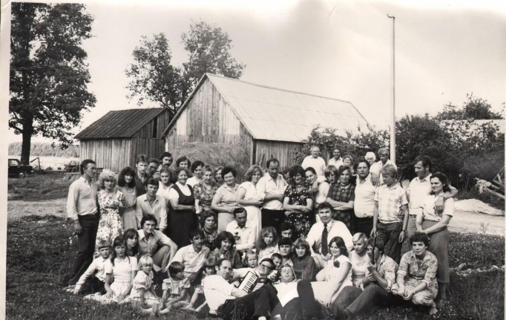 Jurginiškių mokykloje apie 1977 m.