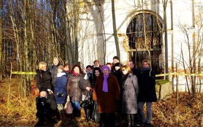 Garliavos apylinkiu seniunijos bendruomenes nariu kelione J. Godlevskio takais : Digrių koplyčia
